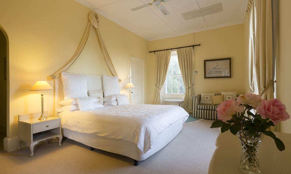 Mount Brown room